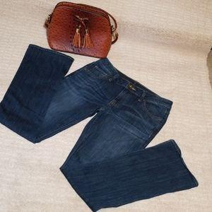 🍀Simply Vera Wang, Boot Cut Jean's. Size 6